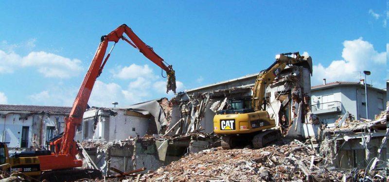 Demolizione Ceccato Agosto 2009